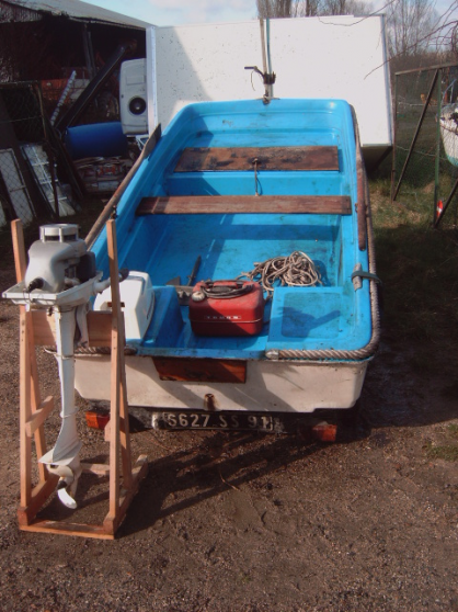 bateau + moteur 4 cv faire un prix