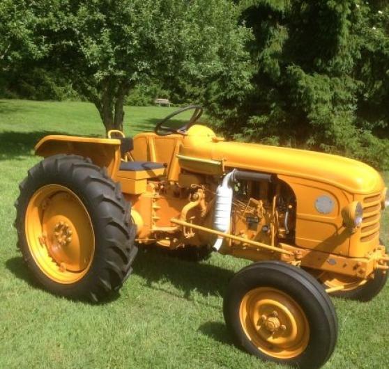 Tracteur Renault D22