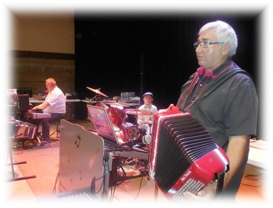 Orchestre Musette et variété Maubeuge - Photo 3
