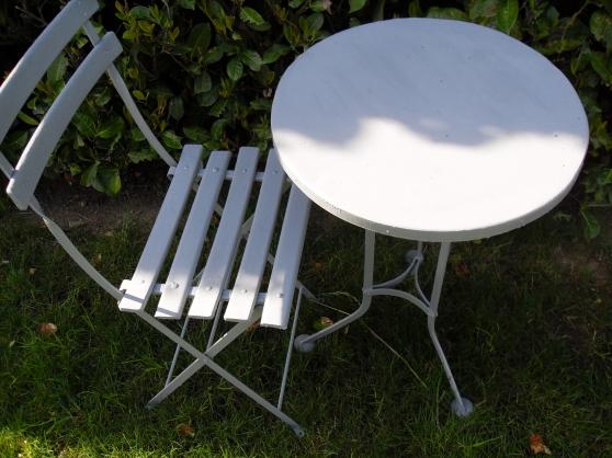 Table de jardin avec 1 chaise - Marche.fr