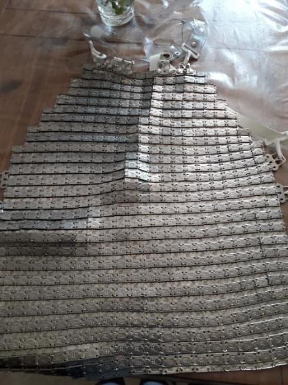 tablier cotte de maille avec un gant