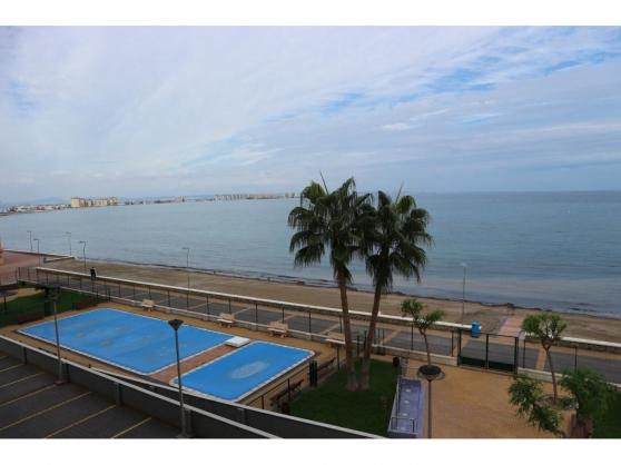 Annonce occasion, vente ou achat 'Appartement moderne , front de mer Médit'