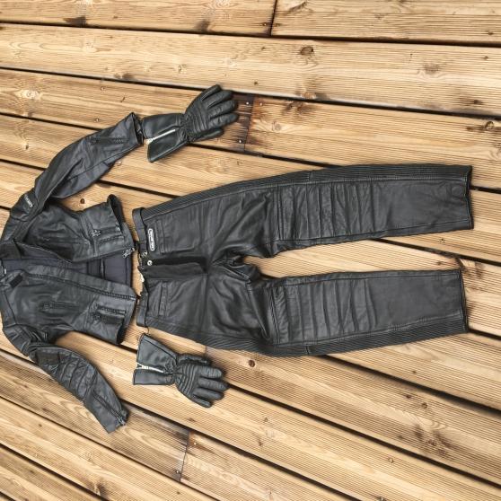 Annonce occasion, vente ou achat 'Combinaison MOTO H Gericke f, T36 gants'