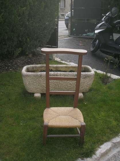 Prie dieu meubles d coration chaises fauteuils - Location meuble chalons en champagne ...