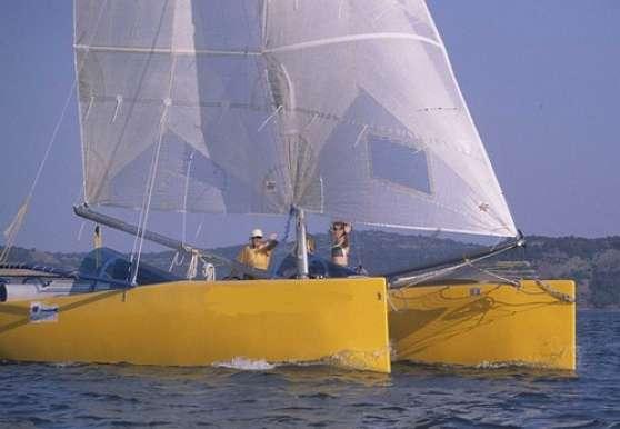 Catamaran Raidrider 26