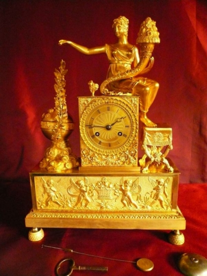Pendule Allegorique Empire Bronze Dore