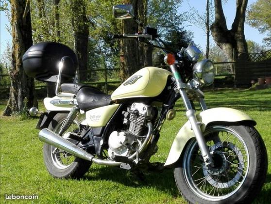Annonce occasion, vente ou achat 'Moto Susuki'