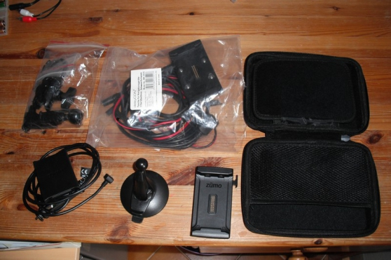GPS Garmin Zumo 595 LM - Photo 2