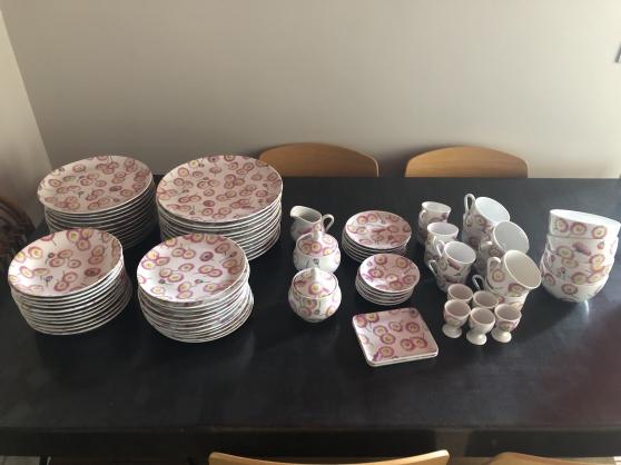 Annonce occasion, vente ou achat 'service complet en porcelaine de Limoges'