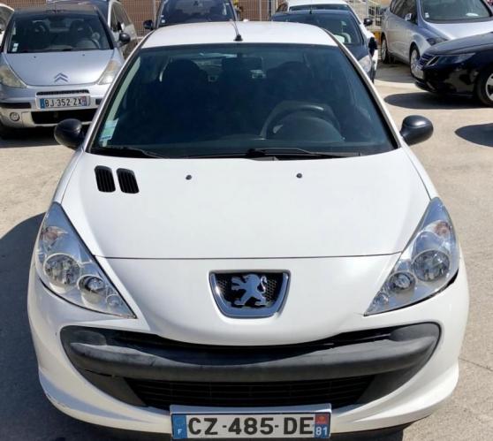 Annonce occasion, vente ou achat 'Peugeot 206+ 1.4 HDi 70ch { CLIM } berli'