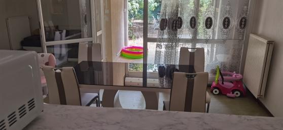 Table de séjour en verre trempé neuve