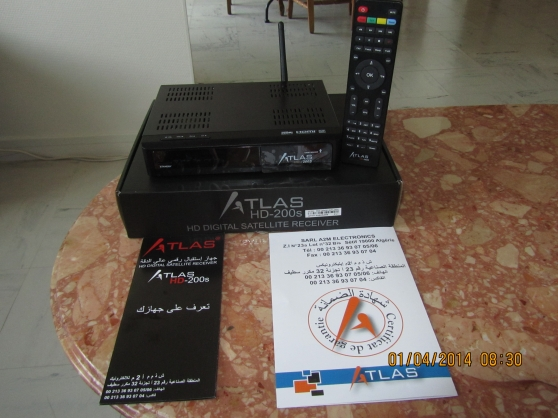 cristor atlas hd 200s double tuner wifi audio t l dvd. Black Bedroom Furniture Sets. Home Design Ideas