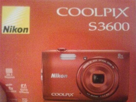 Annonce occasion, vente ou achat 'Perdu Appareil photo Nikon Coolpix rouge'