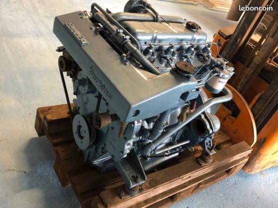 Annonce occasion, vente ou achat 'moteurs Perkins de série 4.236.'