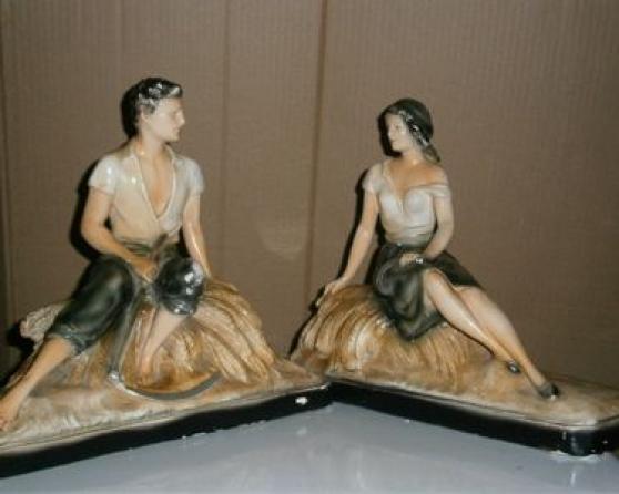 1 paire de statues