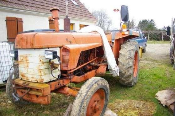 Donnons Tracteur Renault R385