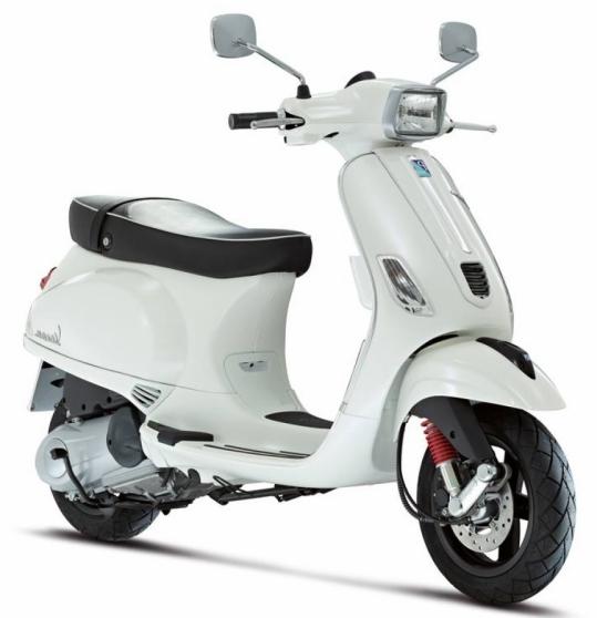 a vendre vespa s 125 blanche marseille moto scooter v lo piaggio vespa marseille. Black Bedroom Furniture Sets. Home Design Ideas