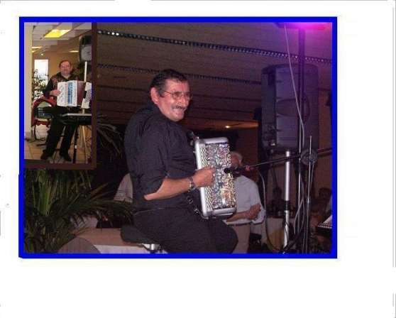 Annonce occasion, vente ou achat 'accordéoniste'