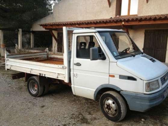 camion benne iveco 35 8 diesel 138 000 k auto utilitaires. Black Bedroom Furniture Sets. Home Design Ideas