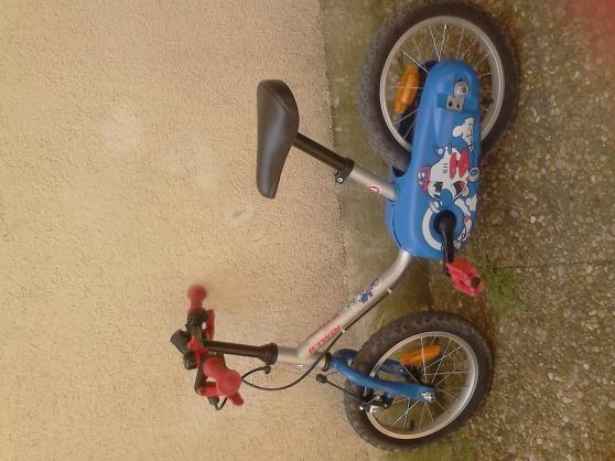 Vend velo enfant 3 4ans montpellier jouets jeux jouets d 39 ext rieur - Velo elliptique d exterieur ...