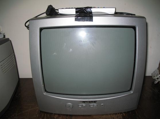TELEVISEUR BLUESKY 36 CM