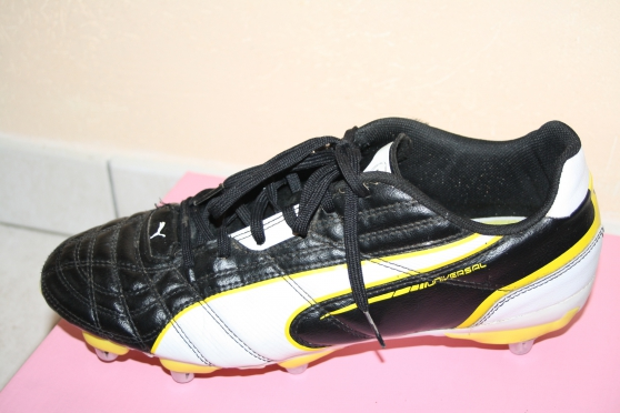 A vendre chaussures de rugby