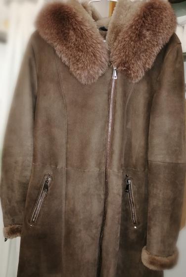 Manteau fourrure et peau