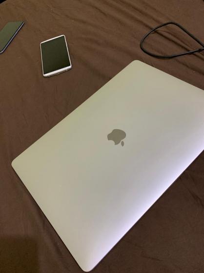 Annonce occasion, vente ou achat 'MacBook Pro 15 pouce 2018 ram 16'