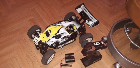 Voiture thermique Kyosho 1/8