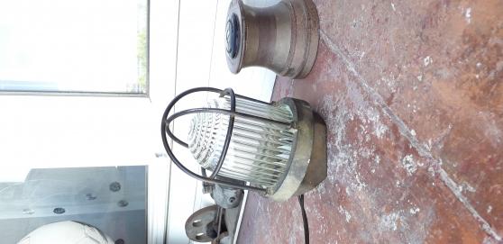 Lampe de coursive en laiton