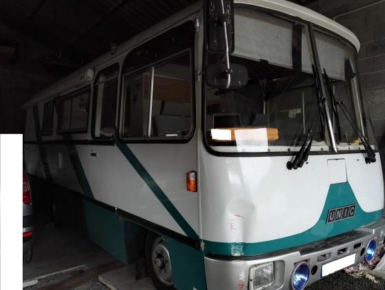 bus am nag camping car caravanes camping car divers caravanes camping car la roquille. Black Bedroom Furniture Sets. Home Design Ideas