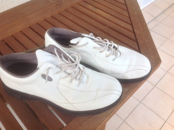 Annonce occasion, vente ou achat 'Chaussures golf femme'