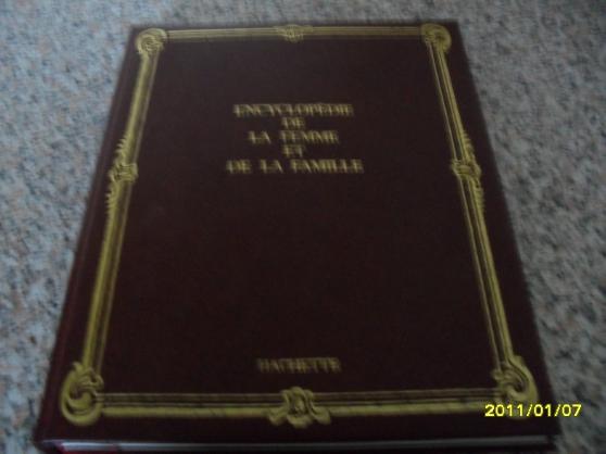 encyclopedie de la femme et de la famille en 18 vo