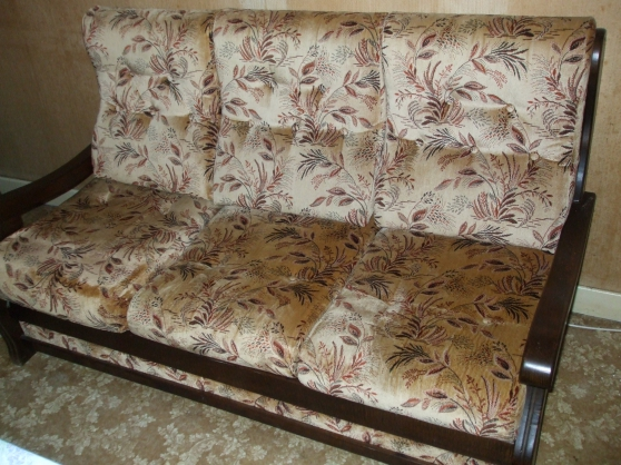 Annonce occasion, vente ou achat 'Canapé et deux fauteuils vintage'