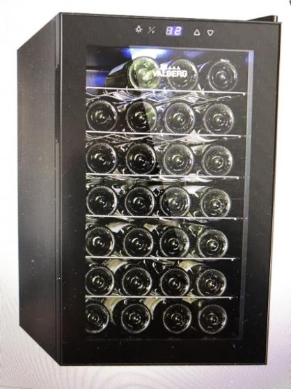 Annonce occasion, vente ou achat 'CAVE A VINS 28 BOUTEILLES'