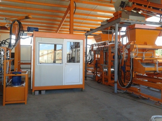 Machine à bloc stationnaire SUMAB R-1000