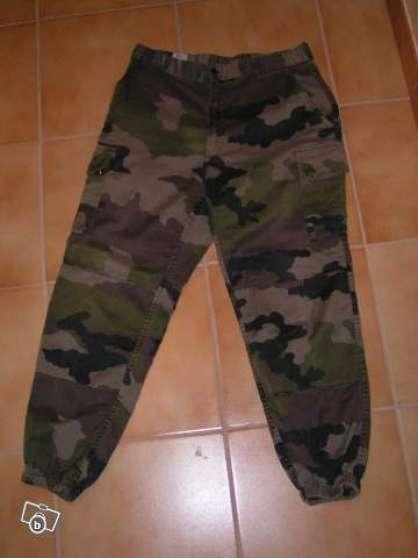 pantalon et veste treillis militaire