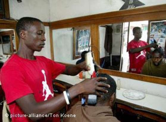 Annonce occasion, vente ou achat 'je suis un coiffeur africain'