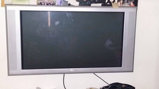TV PHILIPS PLASMA 102cm