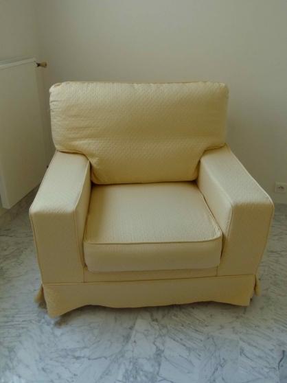 deux fauteuils conforts