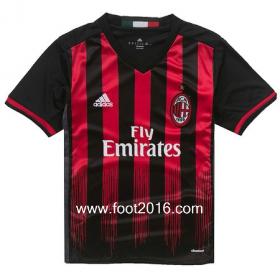 maillot domicile de AC Milan 2016-2017
