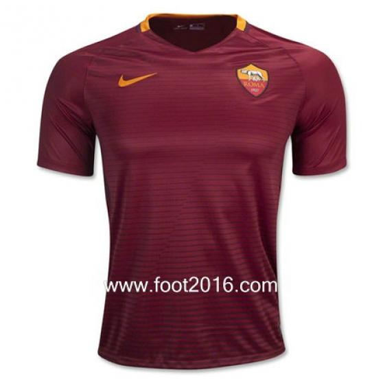 Nouveau maillot domicile de AS Roma 2016