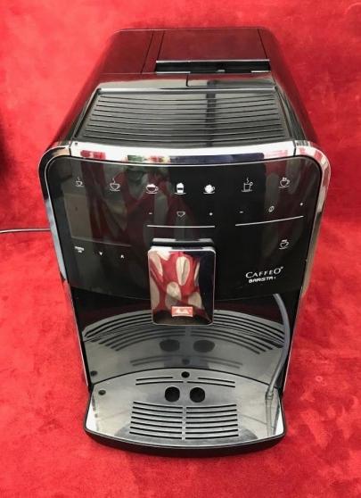 Annonce occasion, vente ou achat 'machine café avec broyeur à grain'