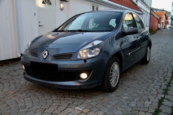 Renault Clio 1,2i. 75 ch