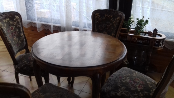 Annonce occasion, vente ou achat 'Table ronde + 4 chaises'