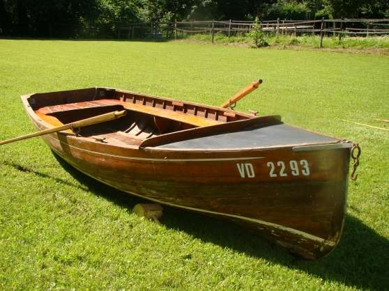 magnifique barque de collection en bois st didier sur chalaronne nautisme bateau st didier. Black Bedroom Furniture Sets. Home Design Ideas