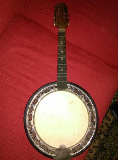 mandoline huit cordes jacobacci