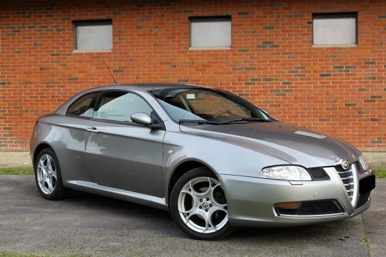 Annonce occasion, vente ou achat 'Alfa Romeo Gt 1.9 jtdm 150 fap distincti'