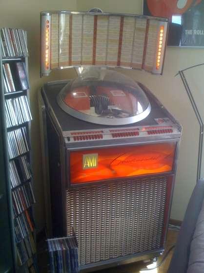 a vendre juke box ami continental 2000 automate juke box juke box belgique bruxelles. Black Bedroom Furniture Sets. Home Design Ideas