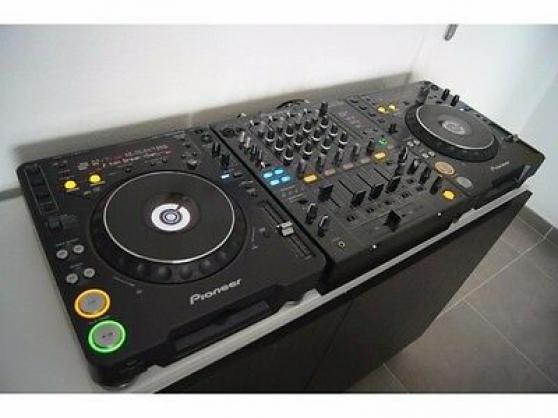 Donne 2 Pioneer cdj 1000 mk3 avec table